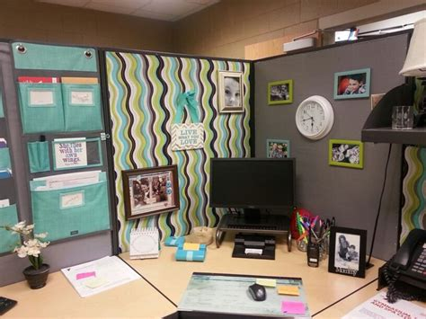 How To Decorate Your Office Desk 17 Best Ideas About Decorate My Cubicle On Decorating Ideas For Office Cubicle
