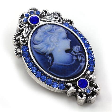 royal blue cameo brooch pin charm antique silvertone