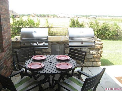 tim s backyard bbq 7 best backyard grills images on pinterest