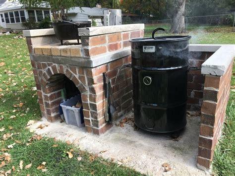 diy pit enclosure diy brick pit barrel cooker enclosure with oven table pinteres