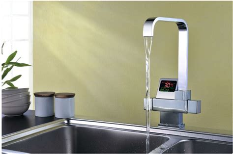 Thermostatic Digital Disply Kitchen Sink Faucet Pure Kitchen Sink Displays