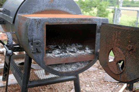 build a smoker pit 187 woodworktips