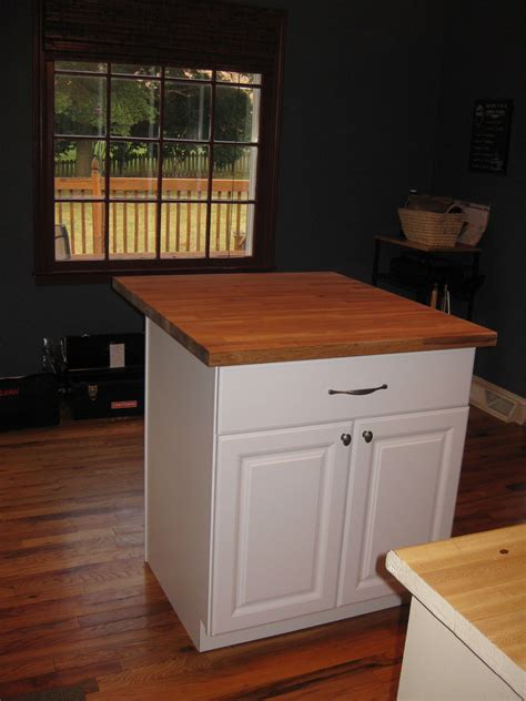 Kitchen Islands With Cabinets by Diy Kitchen Island Tutorial From Pre Made Cabinets