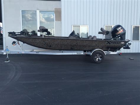 xpress boats xp200 2016 new xpress xp200 catfish center console fishing boat