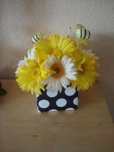 1000 images about bee on the way baby shower inspirations