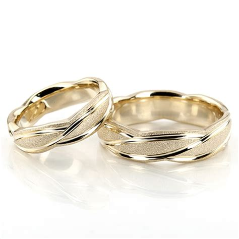 wedding rings with bands wedding rings gold wedding rings his and hers matching