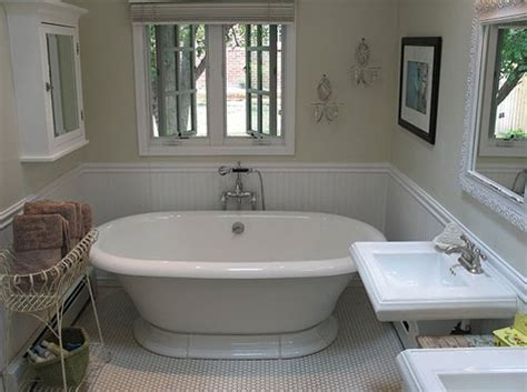 cutting edge bathrooms su casa a classic but cutting edge bathroom popsugar home