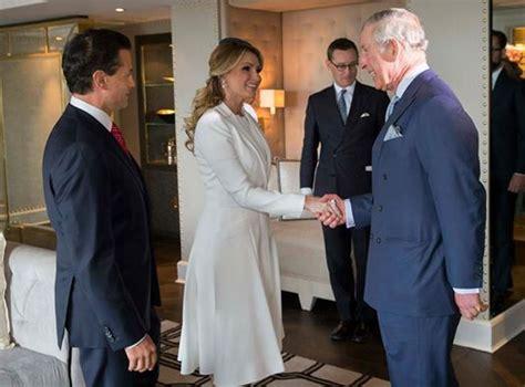 ang lica rivera es m s estricta con sus hijas que pe a la ceremonia oficial de llegada al inicio de la visita de