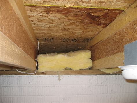 Floor Above Unconditioned Basement or Vented Crawlspace