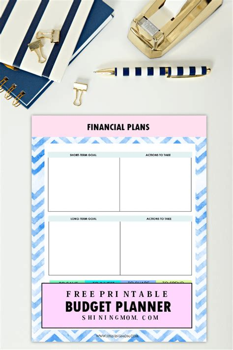 2018 planner weekly and monthly dreams come true calendar schedule organizer and journal notebook with fashion shoes and bag books the ultimate free printable 2018 budget planner you need