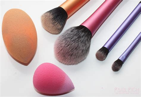Make Up Tools how i clean my makeup tools fairleigh