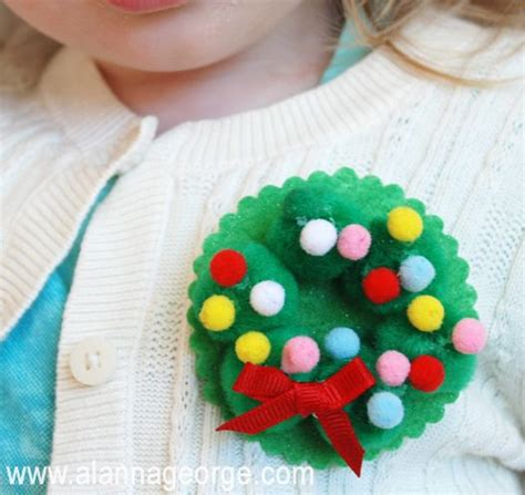 easy pom pom wreath pin  kids   making   weekend advent activities