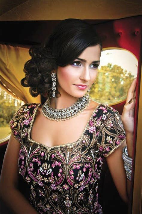 bridal hairstyles hindu marriage 16 glamorous indian wedding hairstyles pretty designs