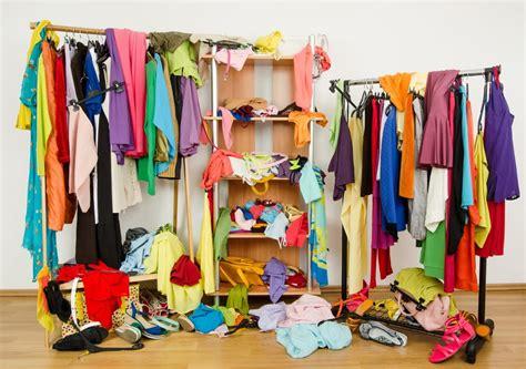 armadio in ordine come tenere in ordine armadio non sprecare