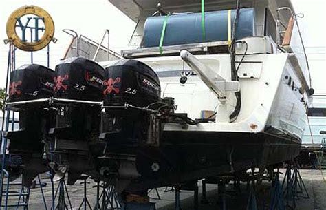boat salvage yards fort lauderdale florida mercury outboard powered 65 motoryacht no joke
