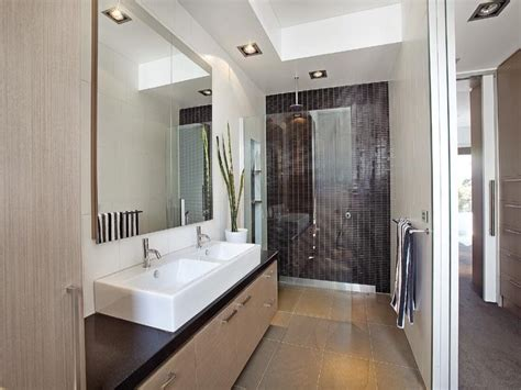 modern bathroom design with twin basins using frameless modern bathroom design with twin basins using ceramic