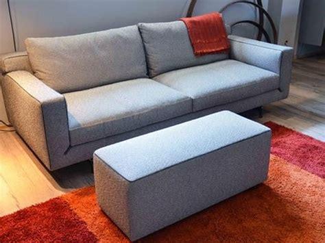 busnelli divani outlet divano busnelli pouff tessuto