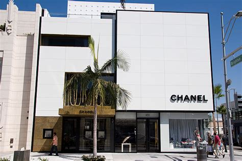 drive shop chanel rodeo drive shopping dining travel guide for