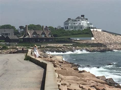 taylor swift rhode island house discovering rhode island remie s luxury blog
