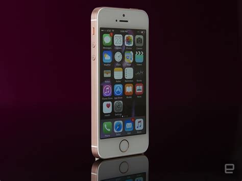 iphone se goes back on sale as a 249 clearance item