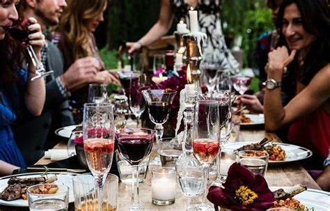 8 tips for having an awesome dinner party with frien