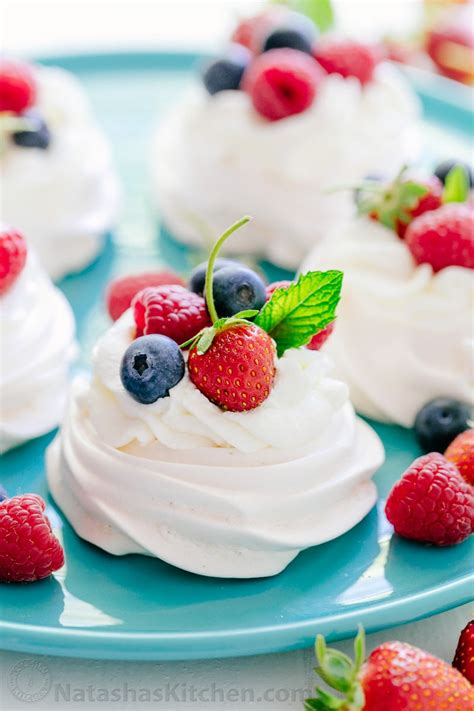 Pavlova For Pavlova by Easy Pavlova Recipe Dishmaps