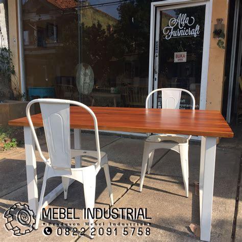 Kursi Meja Makan Besi kursi meja makan besi resto minimalis mebelindustrial