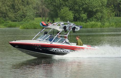 wake boat driving tips ride the perfect wake with the ultimate wake boat