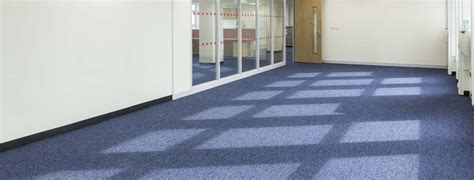 how much does commercial carpet cost per square foot