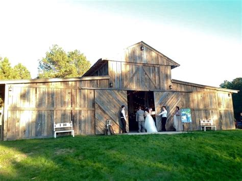 Wedding Venues Rock Ar by The Barn At Whippoorwill Hollow Wedding Ceremony