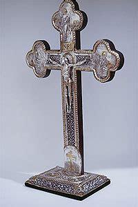 large standing crucifix standing crucifixes
