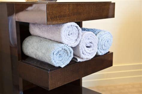mensole per il bagno westwing mensole per bagno relax e praticit 224