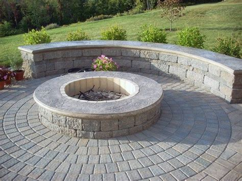 Patio Block Pit by 25 Best Ideas About Concrete Pits On