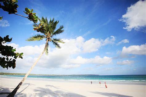 4 pantai terindah di pulau kei kecil yang wajib dikunjungi