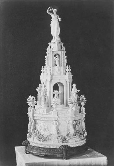17 Best images about BRITISH Royal WEDDING Cakes on