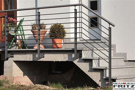 treppengel nder au en holz moderne treppengel 228 nder schicke treppengel nder versch