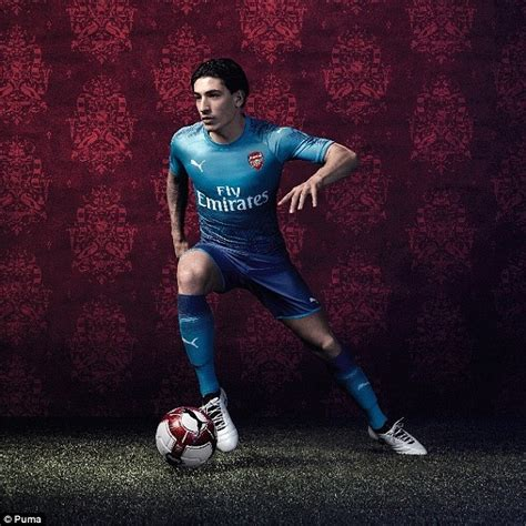 Special Produk Jersey Arsenal 3rd New 2017 2018 Grade Ori premier league new kit 2017 18 utd arsenal and more daily mail