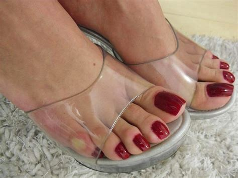 goddess grazi feet long nails rainha grazi s sexy long toe nails 1