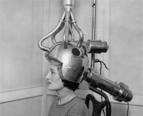 Hair Dryer Jaman Dulu foto foto sejarah hair dryer repotnya mengeringkan rambut ala wanita jaman dulu boombastis