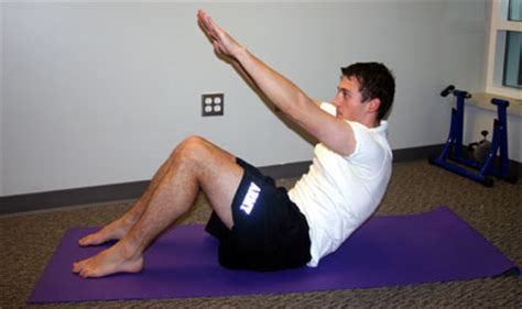 bodyweight exercises for cyclists the reaching crunch - Boat Pose Crunches On Box