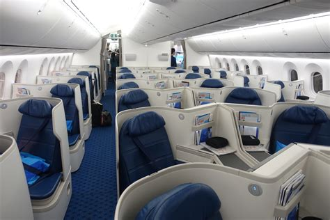 787 Cabin Noise by A Look At Xiamen Air S New 787 9 Business Class Travel Tips