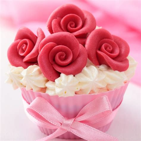Cake Decorating With Marzipan by Marzipan Cake Decorations Recipe