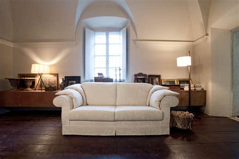 divani eleganti classici divani