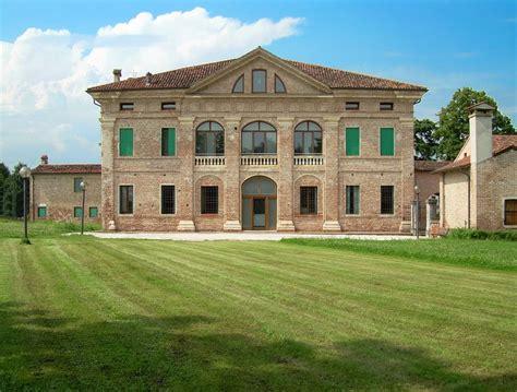 Neoclassical Homes Panoramio Photo Of Villa Thiene Xvi Sec Andrea Palladio