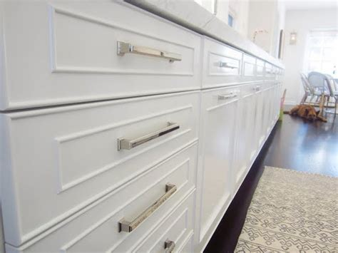 Kitchen Pulls Cabinet Knobs And Pulls Give Your Cabinets A Lift Bob Vila