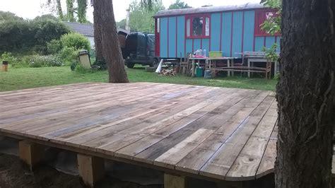 terrasse bois sur poteaux bois tiplouzmorlaix - X Press Terrasse