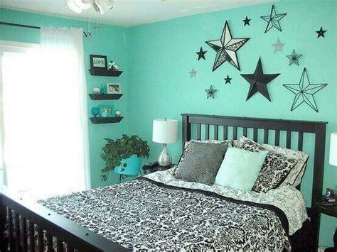 black white and teal bedroom mint black and white teen room love the wall accents that