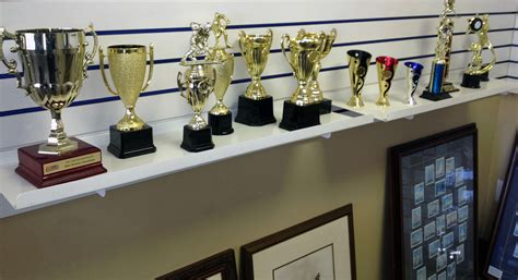 trophy house the trophy shop awards trophies mississauga ontario