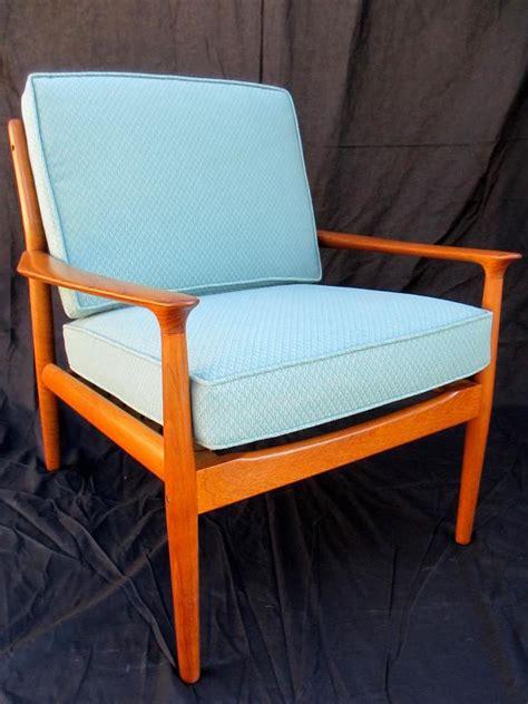 refinish  vintage midcentury modern chair diy