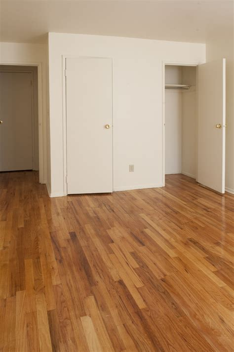Apartments With Hardwood Floors by Rutgers Court Apartments Rentals Belleville Nj